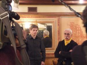 A Toulouse, Arnaud Gouillon et Richard Roudier face aux journalistes à la Taverne Bavaroise le 20 janvier 2011.
