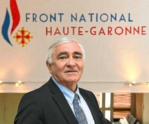 Serge Laroze, tête de liste Front National pour la mairie de Toulouse, dans son local de campagne (photo : F. Scheiber pour 20minutes).