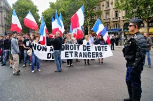 Alexandre Gabriac des Jeunesses Nationalistes, Logan Duce du GUD, Sixtine Jeay chantaient en cœur le slogan « aujourd'hui l'Anarchie, demain l'Ordre Nouveau »…